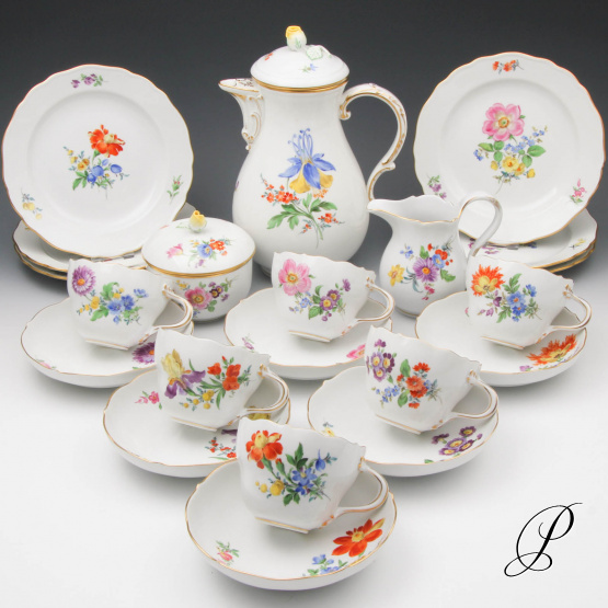 kaffeeservice meissen f r 6 personen mit blumenmalerei porzellan porcelain. Black Bedroom Furniture Sets. Home Design Ideas