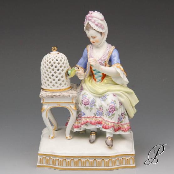 figur meissner porzellan aus den f nf sinnen das gef hl porzellan porcelain. Black Bedroom Furniture Sets. Home Design Ideas