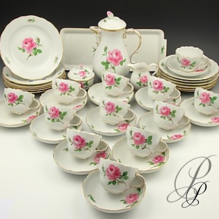 kaffeeservice meissen f r 12 personen im dekor rote rose porzellan porcelain. Black Bedroom Furniture Sets. Home Design Ideas